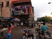 Birmanie nous fait cinéma! Enquête l'émergence d'une nouvelle génération cinéastes engagés sans frontières. Moteur, action!