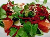 Salade d'Hiver Mâche, Betterave Crue, Avocat, Pamplemousse...