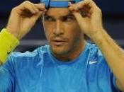 Doit-on porter casquette l'endroit l'envers court tennis