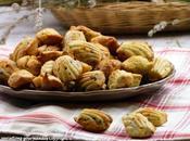 Madeleines salées, lardons, olives thym {bouchées apéritives}
