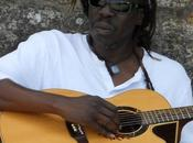 """Geoffrey Oryema. musique arme positive redoutable"""""""