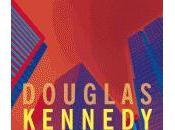 Douglas Kennedy visite places financières