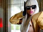Lady Gaga laisse entendre qu'elle pourrait être première chanteuse produire dans l'espace
