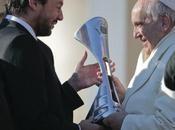 club football Lorenzo offre trophée pape