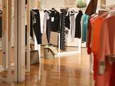 Monoprix lance ligne vêtements vintage