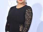 robe noire Christina Aguilera