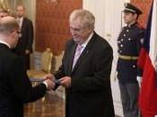 Président tchèque Milos Zeman nomme nouveau gouvernement