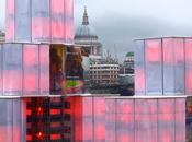 Coca-Cola sculpture connectée Twitter s'illumine grâce tweets positifs