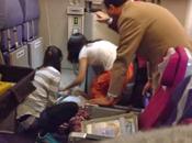 Thai Airways, Pekin- Bangkok, bagarre plein [HD]