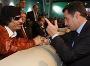 MAFIOSO. Kadhafi: rage, Nicolas Sarkozy balance téléphones dans Seine