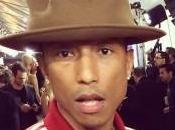 Pharrell Williams, plus d'un tour dans chapeau garçon