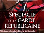 Spectacle Garde Républicaine Pôle international Cheval Deauville
