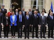 POLITIQUE Gouvernement Valls quitte double