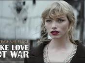 s'associe Lily Allen pour aider l'ONG Peace Les...