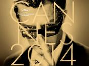 Robert Pattinson marches Festival Cannes...