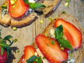Tartines gourmandes Fraise-Roquefort, encore mariage réussi