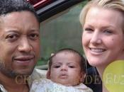 Andrew Davis sauve fille prenant pour Ross (vidéo)