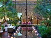 jardin Mandarin Oriental Paris revêtu habits Printemps