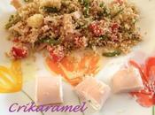 Salade semoule légumes avec petits roulés dinde fromage