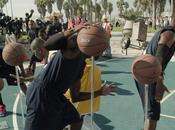 Jordan reconstitue action basket l'aide mannequins