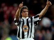 Newcastle-Ginola Pardew n'est l'homme situation