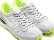 Nike Internationalist Womens Grey Volt