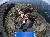 plongeurs professionnels sautent mètres haut (Irlande)