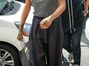 "look ""Grey Mood"" Rihanna plein York..."