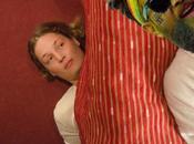 2014 Lynn femme ménage Zimmermädchen Être différent