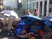 New-York: font déjà queue pour l'iPhone6