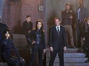 Agents SHIELD Coulson équipe prennent pose pour saison