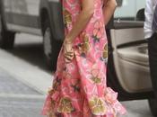 look Victoria Beckham shopping chez Barneys...