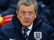 Angleterre Hodgson prend défense Rooney