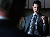 critiques Gotham Saison Episode Harvey Dent.