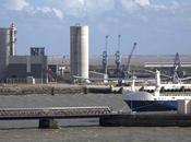 Sauvons pertuis Charentais cimenterie Holcim Port Atlantique Rochelle, face l'Île