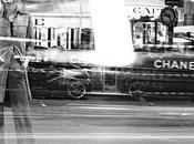 Gisèle Bündchen parisienne dans nouvelle campagne Chanel...