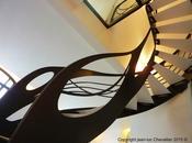 L'escalier design débillardé rencontre l'Art Nouveau