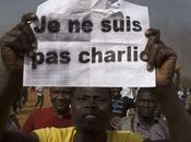 CHARLIE HEBDO Niger: morts, blessés, églises brûlées chrétiens protégés