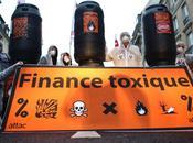 Sept après début crise banques restent dangers publics