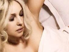 Monica Bellucci sexy blonde