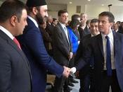 POLITIQUE Manuel Valls souhaite former Imams aider financements mosquées