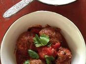 Boulettes boeuf coriandre menthe fraiche, mijotées dans sauce tomate