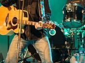 PHIL EDWARDS live ROCK BESSAN