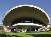 Louis Vuitton présente défilé Croisière 2016 Palm Springs