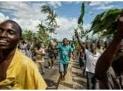 Burundi: Tentative coup d'Etat militaire mené général Godefroid Niyombare, alors président hors pays