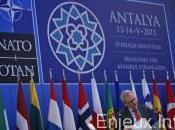 Crise ukrainienne l'Otan remet pression Russie