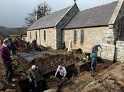 Mise jour restes d'un prieuré médiéval Angleterre