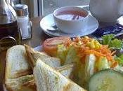 Recette sandwich tramezzini saumon fumé, mayonnaise, roquette, olives (Italie