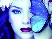 Single Blue Velvet
