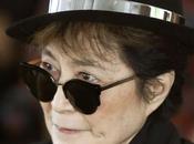 Yoko «vit dans peur» depuis l'assassinat John Lennon